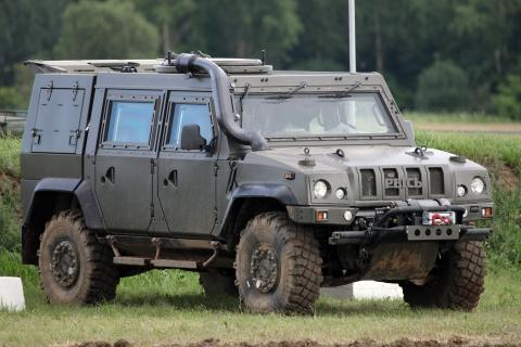 Ивановские десантники получат 40 бронемашин «Рысь»