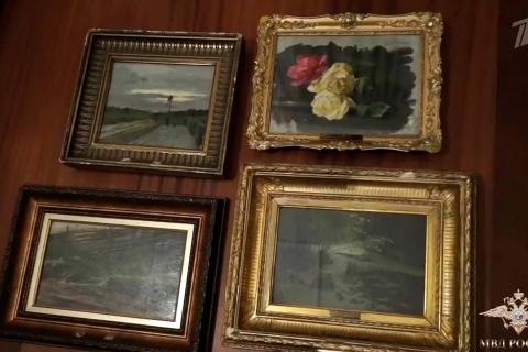 ВПлес Ивановской области вернулись похищенные картины Левитана