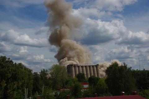 Петербуржцы взорвали мукомольный комбинат вИваново