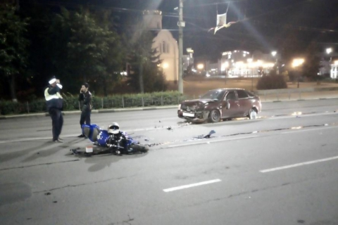 В Иванове столкнулись мотоцикл «Ямаха» и «Лада Приора», двое пострадавших