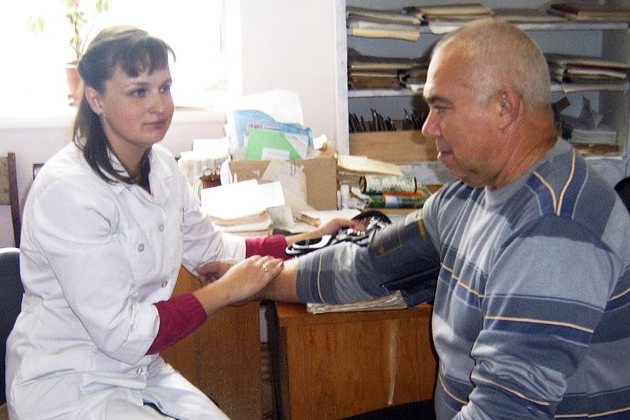 «Земский доктор» лечит от дефицита кадров